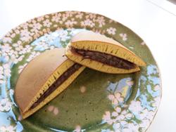 Japanese sweets - dorayaki