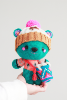 Amigurumi-bear-by-the-sun-and-the-turtle-vertical